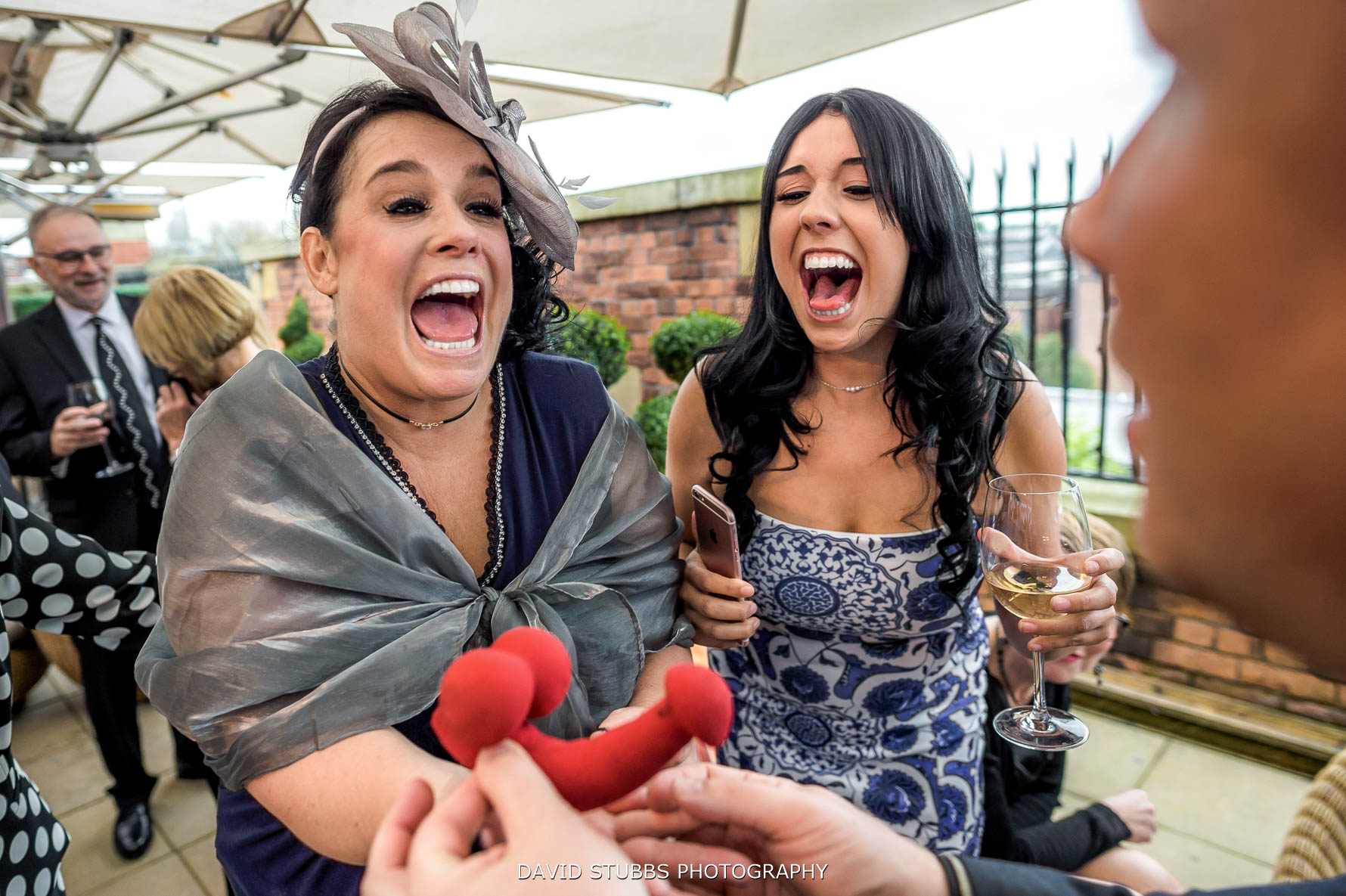 magician performing at a wedding