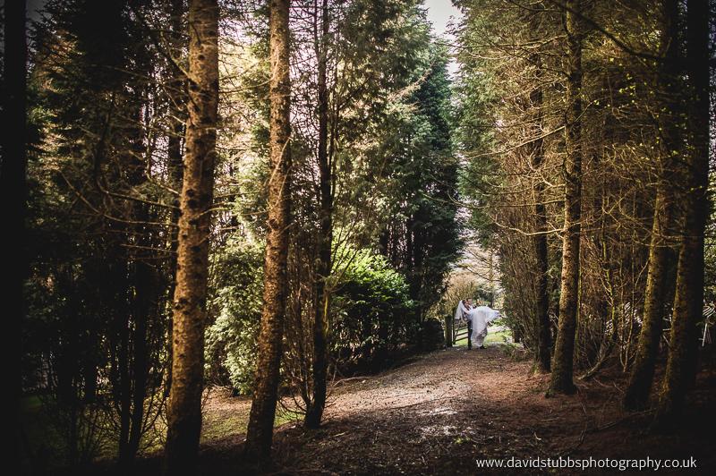 Saddleworth-hotel-wedding-photography-114