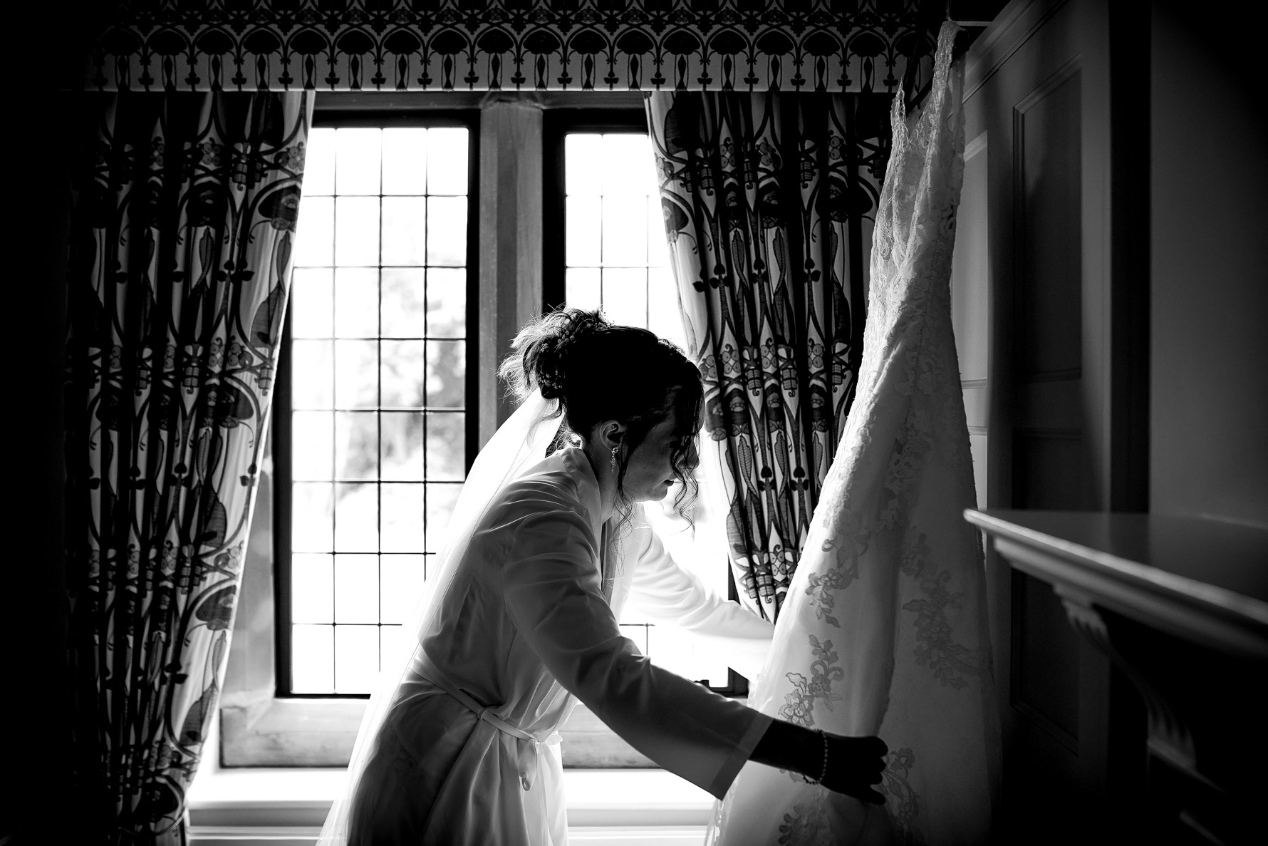 sorting the wedding dress out