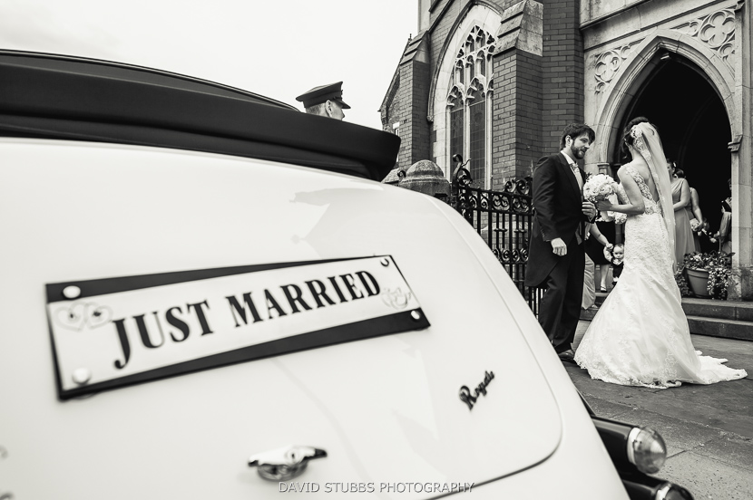 wedding car just married plate
