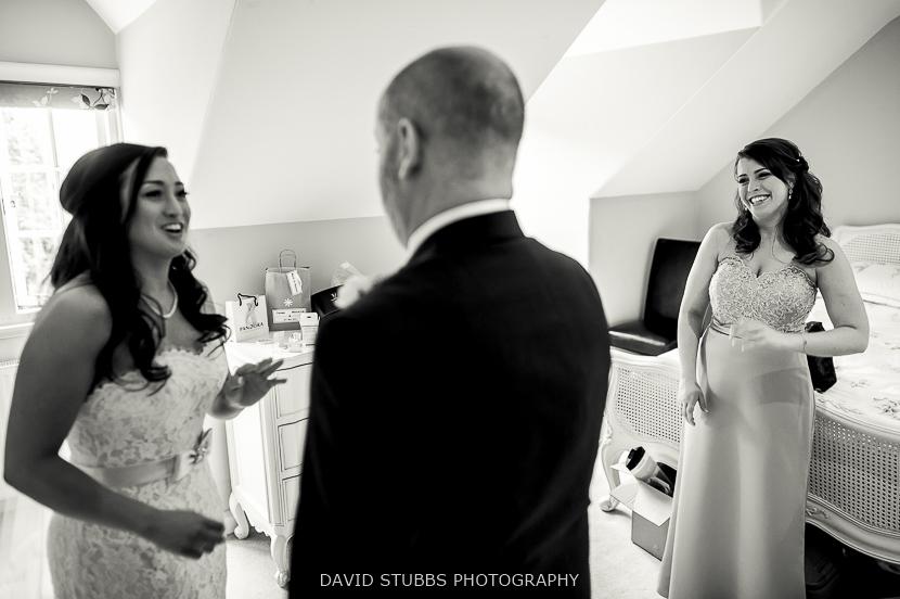 dad sees his daughter bride