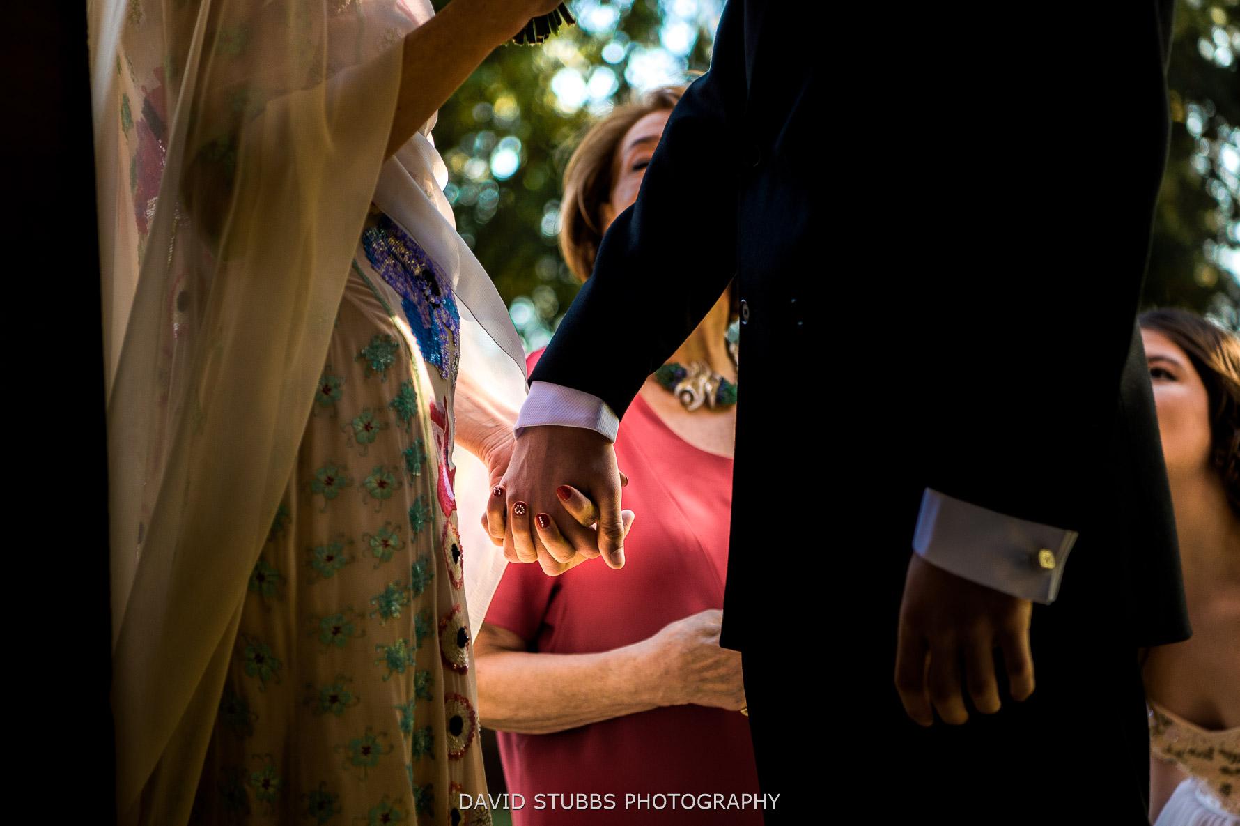 holding hands emotional
