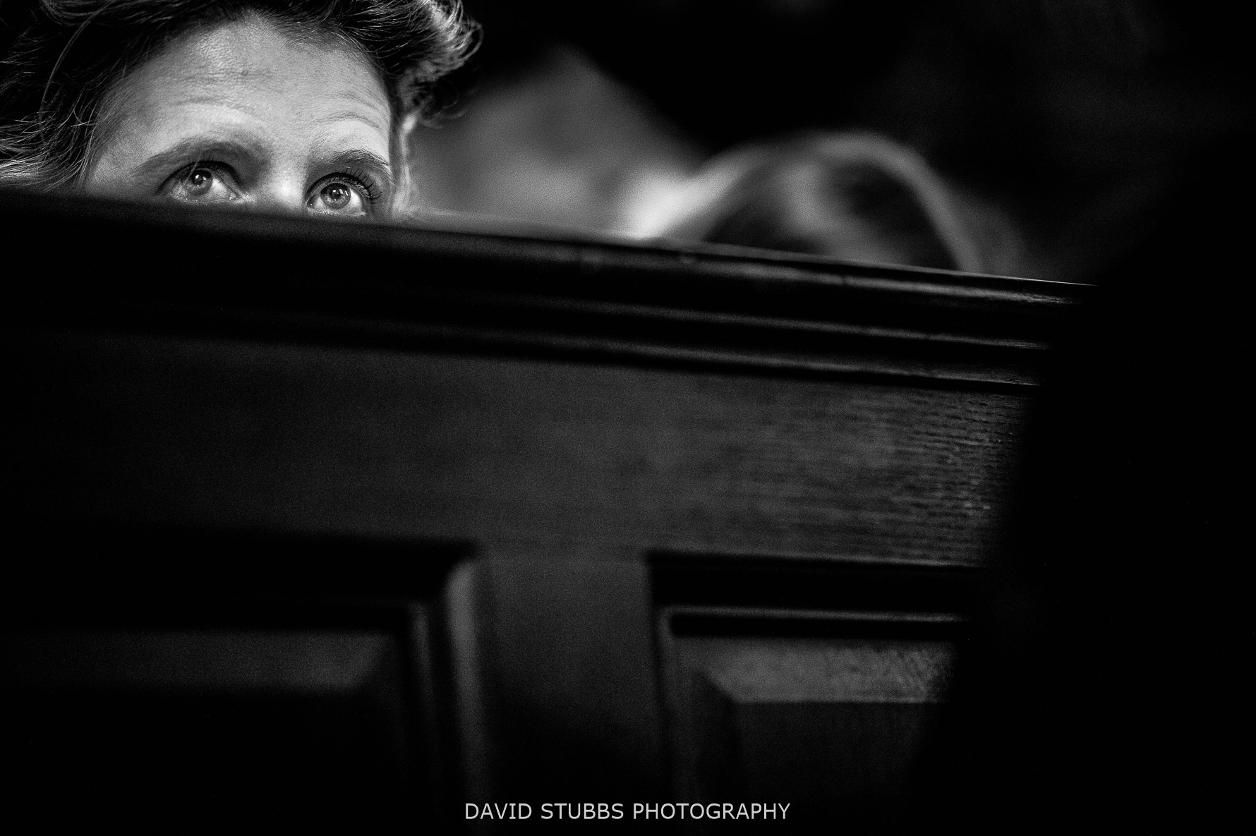 eyes peeping