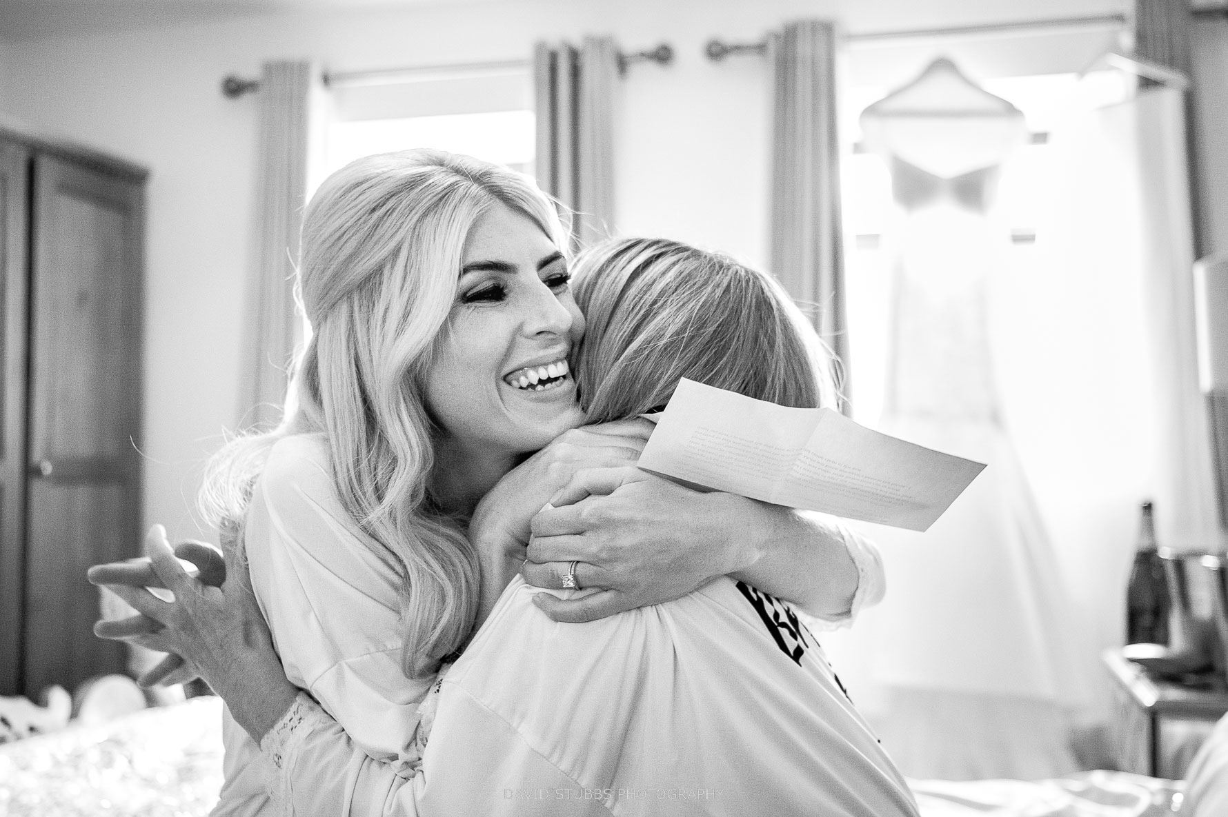 massive hugs from bride before ceremony