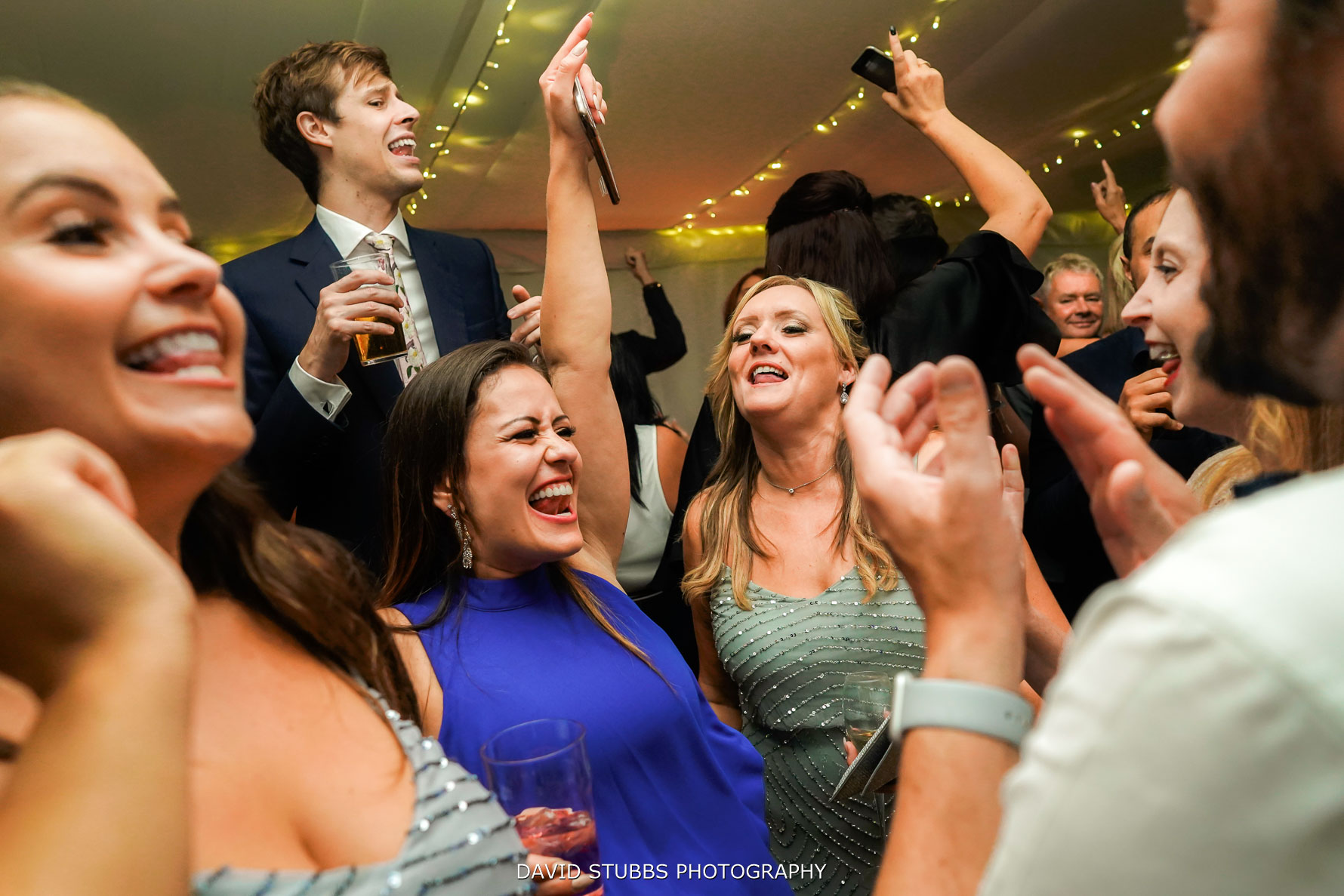 wide angle lens for dancing photos
