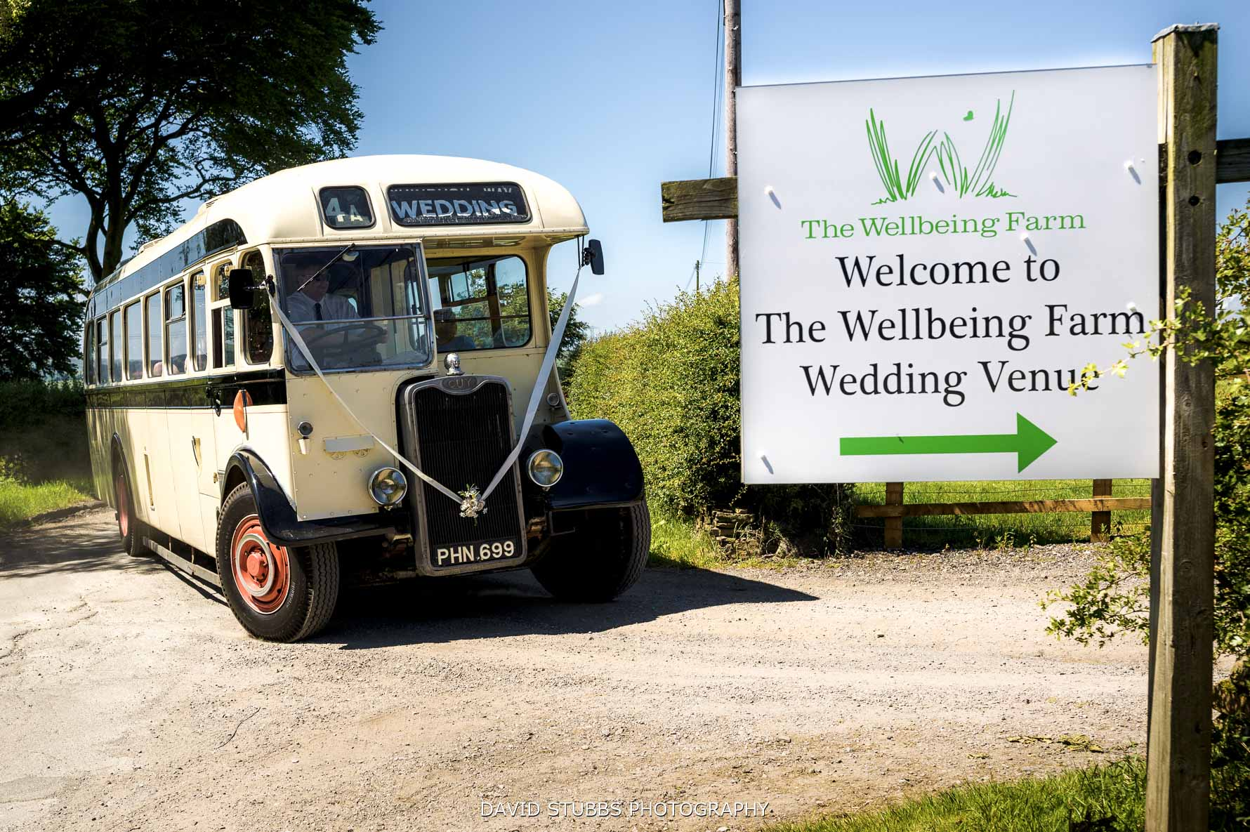 bus arriving at the farm with guests